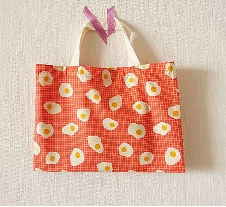 カットクロスで作る手縫いのバッグ